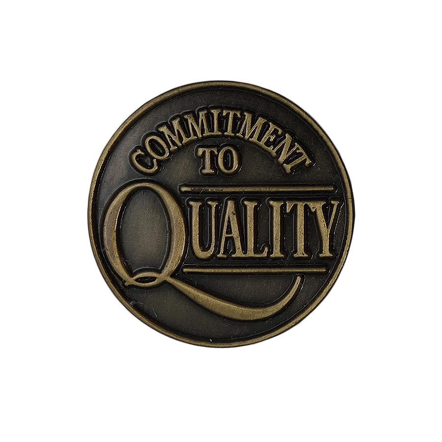 COMMITMENT TO QUALITY ピンズ